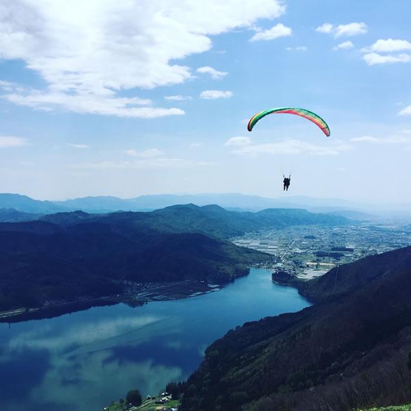 木崎湖のパラグライダーシーズンスタート